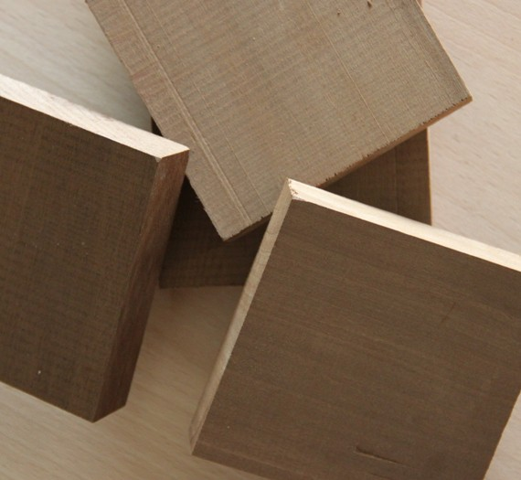 4 carrés découpés