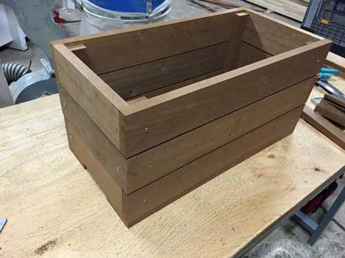 wonderful fabriquer un bac fleur en bois np18 humatraffin. Black Bedroom Furniture Sets. Home Design Ideas